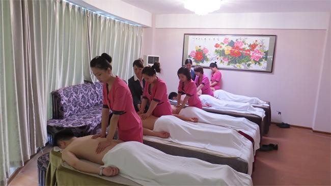 美容师培训班力度练习